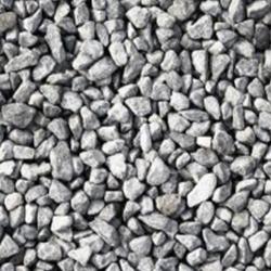 10-20мм Щебінь цієї фракції — найбільш затребуваний в дорожньому будівництві, а також часто застосовується при будівництві як асфальтних, так і бетонних доріг. Використовується як наповнювач для розклинцівки — підготовки подушки для дорожнього полотна.